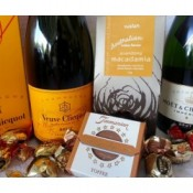 Chocolate and Wine Hampers (4)